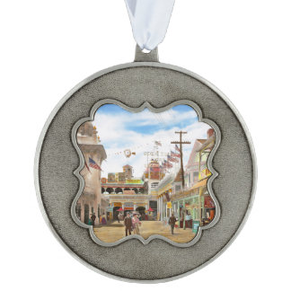 City - NY - The Great Steeplechase 1903 Pewter Ornament