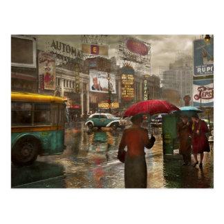 City - NY - Times Square on a rainy day 1943 Postcard