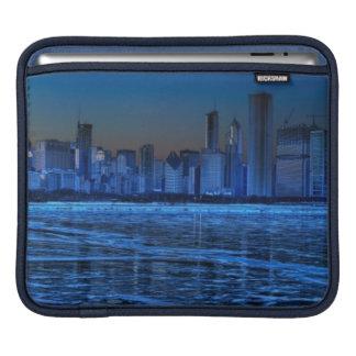 City of broad shoulders and lake Michigan iPad Sleeves