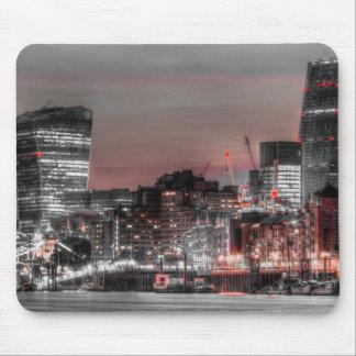 City of London at night Mousepad