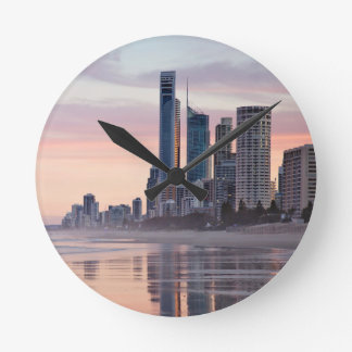 City On The Sea Round Clock