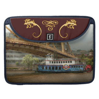 City - Pittsburg PA - Great memories Sleeve For MacBook Pro