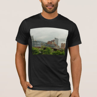 City - Pittsburg PA - The grand city of Pittsburg T-Shirt