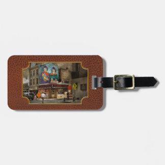 City - Pittsburg, PA - Wiener World Bag Tag