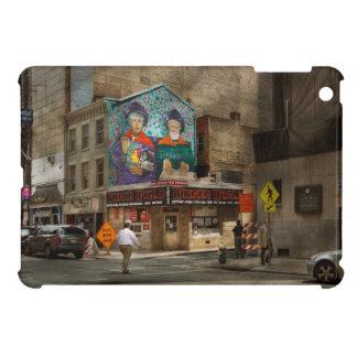 City - Pittsburg, PA - Wiener World iPad Mini Cases