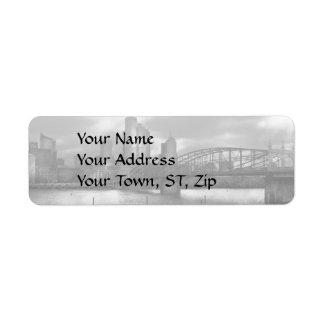 City - Pittsburgh, PA - Smithfield Bridge BW Label