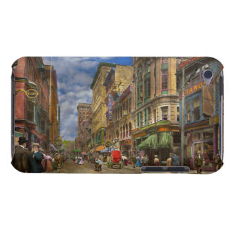 City - Providence RI - Living in the city 1906 iPod Touch Cover
