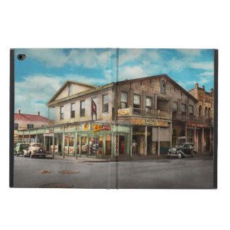 City - Victoria TX - The old Rupley Hotel 1931 Powis iPad Air 2 Case
