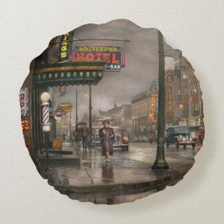 Ciudad - Amsterdam NY - llamada 666 para el taxi Cojín Redondo