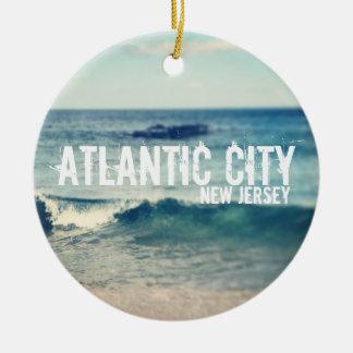 Ciudad atlántica 2013 - recuperación en la orilla adorno redondo de cerámica