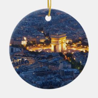 Ciudad cosmopolita de Arco del Triunfo París Adorno Navideño Redondo De Cerámica