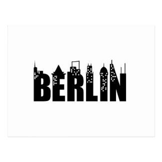 Ciudad de los rascacielos del horizonte de Berlín Tarjeta Postal