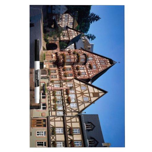 Ciudad de Miltenberg, Alemania Tableros Blancos