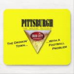 Ciudad de Pittsburgh Drinkin con un problema del f Alfombrillas De Raton
