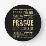 Ciudad de Praga del arte de la tipografía de la Re Relojes