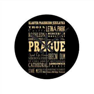 Ciudad de Praga del arte de la tipografía de la Re Reloj Redondo Mediano