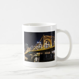 Ciudad de puentes taza
