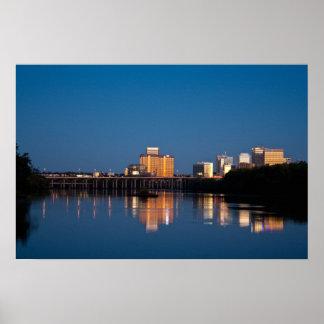Ciudad de Richmond, río del VA Póster