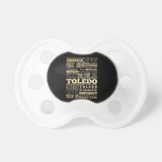 Ciudad de Toledo del arte de la tipografía del est Chupetes De Bebé