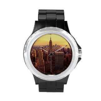 Ciudad del horizonte de Nueva York con el estado Reloj