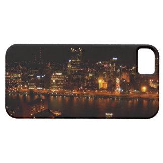 Ciudad del negro y del oro iPhone 5 carcasas