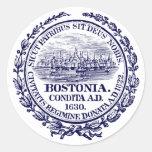 Ciudad del vintage del sello de Boston, azul Pegatina Redonda