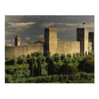 Ciudad emparedada de Monteriggioni, en la Postales