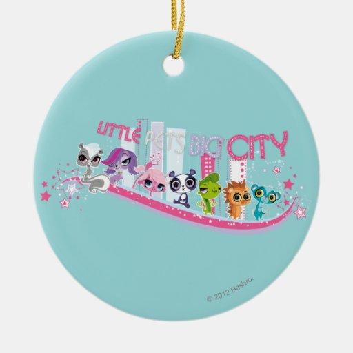 Ciudad grande de los pequeños mascotas ornamentos de navidad