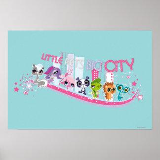 Ciudad grande de los pequeños mascotas póster