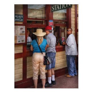 Ciudad - la estación de tren tarjeta postal