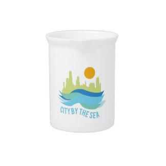 Ciudad por el mar jarras