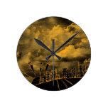 Ciudad salvaje abstracta reloj