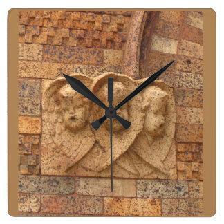 Ciudadanos de piedra tres niños del granito reloj cuadrado