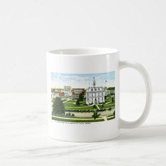 Civic Center, Salem, Oregon Coffee Mug