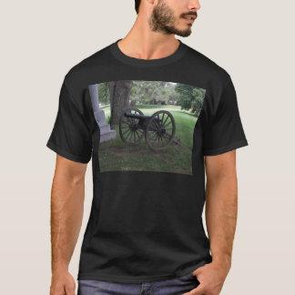 Civil War Cannon in Gettysburg T-Shirt