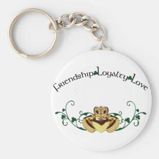 Claddagh / Claddaugh Basic Round Button Keychain