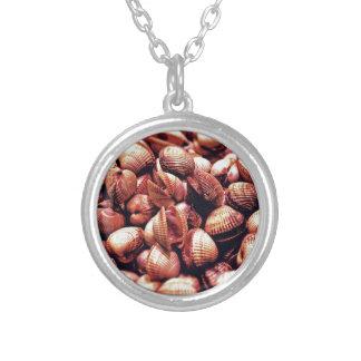 Clam Round Pendant Necklace