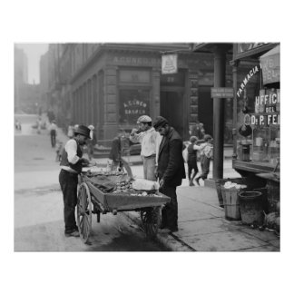 Clam Seller on Mulberry Street, 1900 Poster