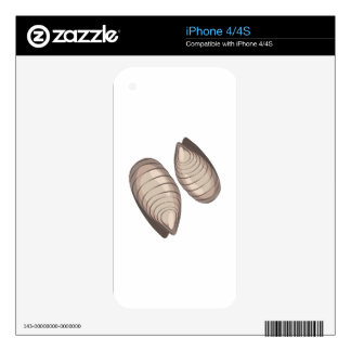 Clams Skins For The iPhone 4S