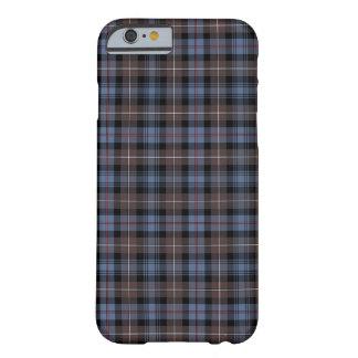 Clan Brown de Mackenzie y tartán azul de la Funda Para iPhone 6 Barely There