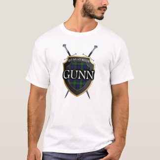 Clan Gunn Tartan Scottish Shield & Swords T-Shirt