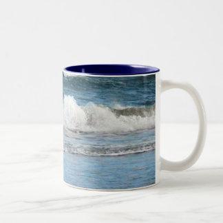 Clapping Waves Florida Beach Mug