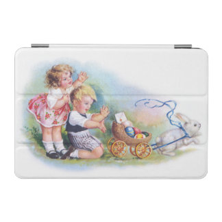 Clapsaddle: Girls Playing with Bunnies iPad Mini Cover