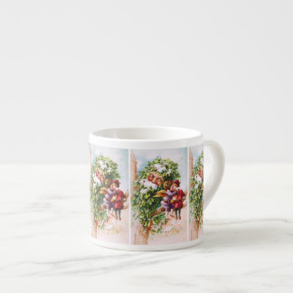 Clapsaddle: Mistletoe Father with Angels Espresso Cup