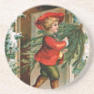 Clapsaddle: Muchacho con el árbol de abeto Posavaso Para Bebida