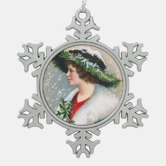 Clapsaddle: Mujer del invierno con el gorra de las Adorno De Peltre En Forma De Copo De Nieve