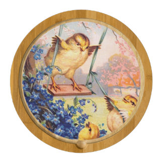 Clapsaddle: Swinging Biddy Round Cheese Board