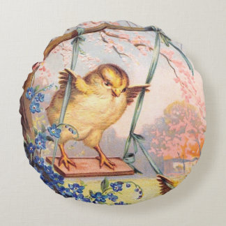 Clapsaddle: Swinging Biddy Round Pillow