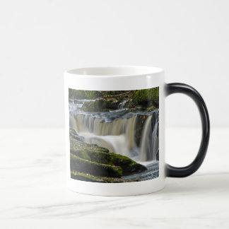 clare glens waterfall 11 oz magic heat Color-Changing coffee mug