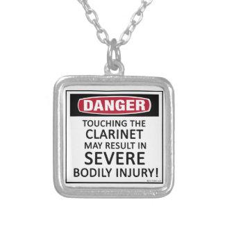 Clarinet del peligro pendiente personalizado